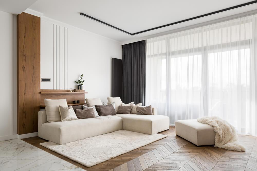 Puszysty dywan jako główna ozdoba mieszkania